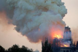 Chùa Nhật phòng ngừa hỏa hoạn sau vụ cháy Nhà thờ Đức Bà Paris