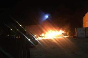 Tripoli bị nã hàng loạt tên lửa