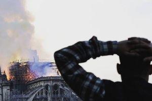 Cháy Nhà thờ Đức Bà: Người Việt tại Paris chung nỗi tiếc nuối