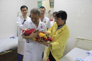Thai phụ mắc bệnh tim nặng hạnh phúc được làm mẹ
