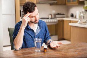 Không muốn hại thân, đừng mắc những sai lầm này khi uống thuốc