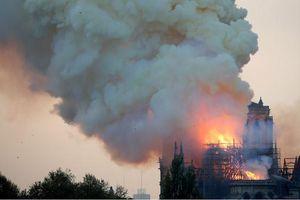 Cháy Nhà thờ Đức Bà Paris: Đêm không ngủ của cộng đồng người Việt ở Pháp