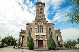 Nhà thờ Núi Nha Trang: Vẻ đẹp yên bình trong lối kiến trúc Gothic