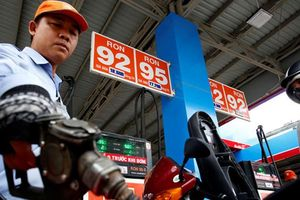 Giá xăng dầu lại tăng mạnh từ 15 giờ chiều nay