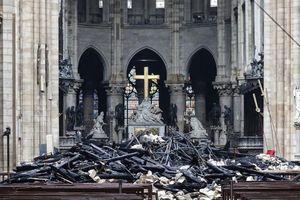Chuông báo động Nhà thờ Đức Bà Paris reo 23 phút trước khi phát hiện có cháy