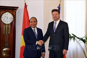 Thủ tướng Nguyễn Xuân Phúc hội kiến Chủ tịch Hạ viện Cộng hòa Séc