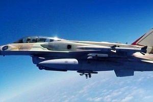 Lo ngại 'sự nguy hiểm' của S-300 , Israel vừa dùng tên lửa siêu thanh mới nhất tấn công Syria?