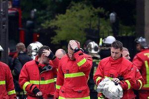 Đức Giáo Hoàng cảm ơn những người lính cứu hỏa trong vụ cháy Nhà thờ Đức Bà Paris