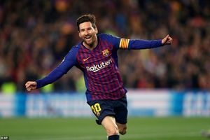Barcelona 3-0 M.U: Tan nát
