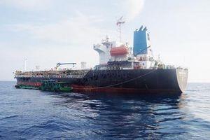 Triệt phá đường dây buôn lậu xăng dầu trên biển Quảng Ngãi