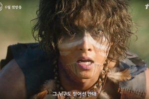Đài tvN công bố tạo hình thiếu niên du mục của Song Joong Ki trong bom tấn cổ trang 'Arthdal Chronicles'