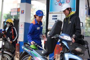 Giá xăng lại tăng mạnh từ 15h chiều nay