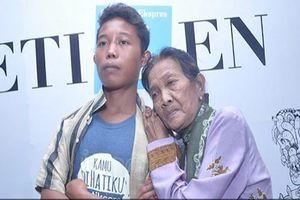 Bà lão U71 tiết lộ cuộc sống với chồng 16 tuổi sau 2 năm khiến ai cũng phải giật mình