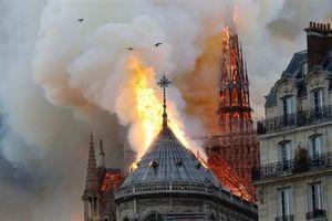 Chưa đầy 1 ngày, Pháp huy động được gần 1 tỷ USD tái thiết Nhà thờ Đức Bà