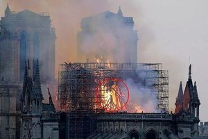 Cháy Nhà thờ Đức Bà Paris: Tranh luận chúa Jesus hiện ra