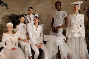 Bộ sưu tập thời trang cưới Phương My được New York Times đánh giá cao