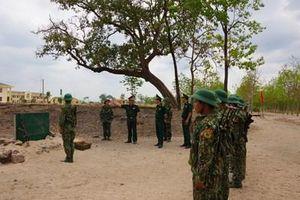 Cục Quân huấn kiểm tra công tác huấn luyện chiến sĩ mới tại Gia Lai