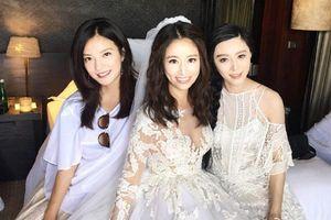 Thân thiết 20 năm nhưng Triệu Vy và Lâm Tâm Như cũng không ít lần ngấm ngầm 'chặt đẹp' nhau