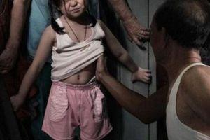 Từ vụ sàm sỡ bé gái trong thang máy, nhận định tâm lý của tội phạm tình dục