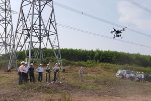 Ứng dụng thiết bị bay UAV trong quản lý vận hành đường dây truyền tải