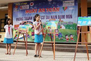RENEW truyền thông giúp người dân Quảng Ngãi tránh bom mìn