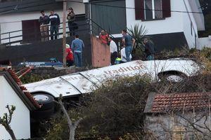 Tai nạn xe buýt du lịch Bồ Đào Nha khiến 28 người tử vong