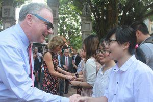 Đoàn Thượng nghị sỹ Quốc hội Mỹ thăm Việt Nam