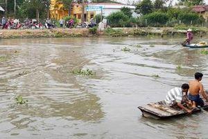 Người đàn ông mất tích khi thuyền lật úp