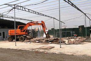 Tháo dỡ công trình vi phạm trật tự đô thị dọc mương Ma Khay