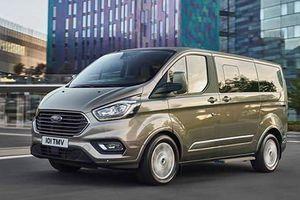Ford Tourneo cho đặt cọc tại Việt Nam, giá gần 1 tỷ đồng?