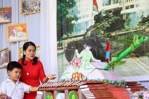 Trường học Đồng Hới hưởng ứng Ngày sách Việt Nam