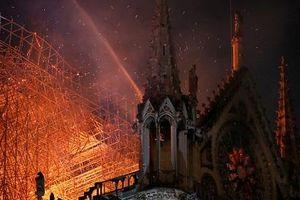 Bước đầu xác định 'thủ phạm' gây ra vụ cháy Nhà thờ Đức Bà Paris