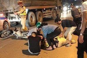 Hà Nội: Thiếu tá CSGT bị tông gục khi đang xử lý xe vi phạm