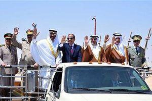 Tổng thống Ai Cập thị sát căn cứ quân sự giữa tin đồn can thiệp vào Lybia