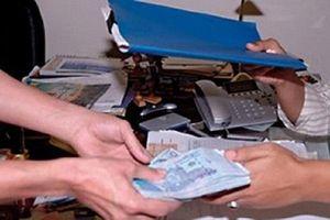 Thanh Hóa: Bắt quả tang một cán bộ Đoàn Thanh tra nhận tiền hối lộ