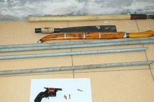 Tạm giữ nhóm đối tượng nổ súng, 'giải quyết' mâu thuẫn giữa QL1A