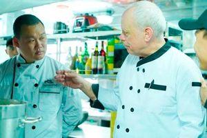 Siêu Đầu bếp Michelin John Burton-Race trở lại Việt Nam