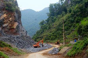 Tủa Chùa – Điện Biên: Siết chặt quản lý khai thác khoáng sản
