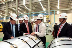 Hoa Sen tiếp tục xuất khẩu lô hàng 5.000 tấn tôn thành phẩm đến Malaysia