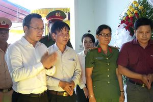 Ủy ban ATGT Quốc gia đến viếng, chia buồn với gia đình Đại úy Chu Quang Sáng