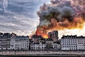 Pháp quyên góp được gần 1 tỷ euro để phục dựng Nhà thờ Đức Bà Paris