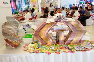Sơn La trưng bày 10.000 cuốn sách hưởng ứng 'Ngày hội sách Việt Nam'