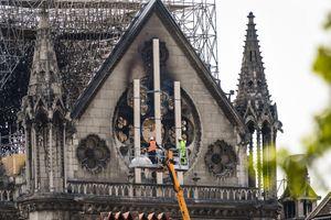 Trục trặc máy tính có thể đã gây ra vụ cháy Nhà thờ Đức Bà Paris