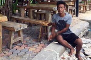 Thái Lan: Ngủ ngoài đường, cô gái Anh bị rạch quần, cưỡng bức