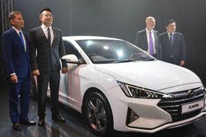 Hyundai Elantra 2019 614 triệu tại Malaysia, sắp về VN
