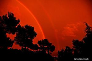 Loạt hiện tượng thiên nhiên là 'cực phẩm', ai thấy cũng choáng