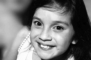 Bé gái 11 tuổi tím tái rồi tử vong sau khi tự đánh răng tại nhà
