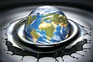 Kinh tế toàn cầu đang chao đảo, các chính phủ không nên 'đổ thêm dầu vào lửa'