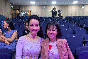Nghệ sĩ Việt góp tiền giúp đạo diễn Đỗ Đức Thành chữa ung thư cho con gái