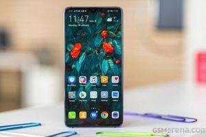 Huawei Mate 20 X 5G có pin nhỏ hơn, sạc nhanh hơn